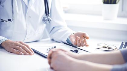 cirka 3,5 prosent av de 3 500 kvinnene som får påvist brystkreft for første gang allerede har en metastatisk sykdom på diagnosetidspunktet.