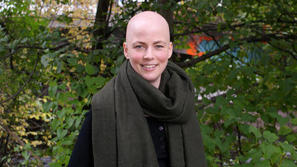 Hør historien til en ung brystkreftberørt i ny podkast