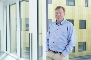 Lege Andreas Stensvold har utviklet en ny metode som gjør hverdagen enklere for pasienter.